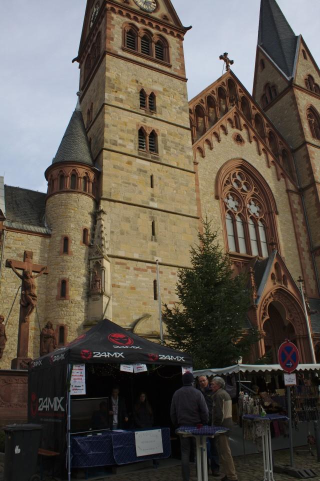 Segelflieger beim Nikolaus-Markt in Heppenheim